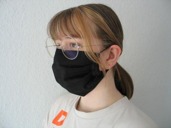 MINETI - Gesichtsmaske mit Falten und Gummi, schwarz
