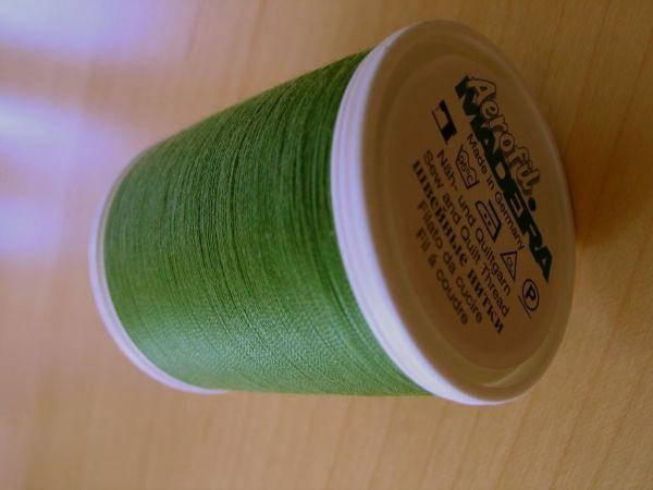 Madeira Aerofil, No.120 1000m, Farbe 8996, grasgrün