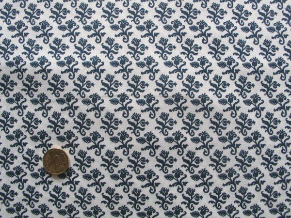 Hilco - Hilde Ornamentdruck weiß-dunkelblau